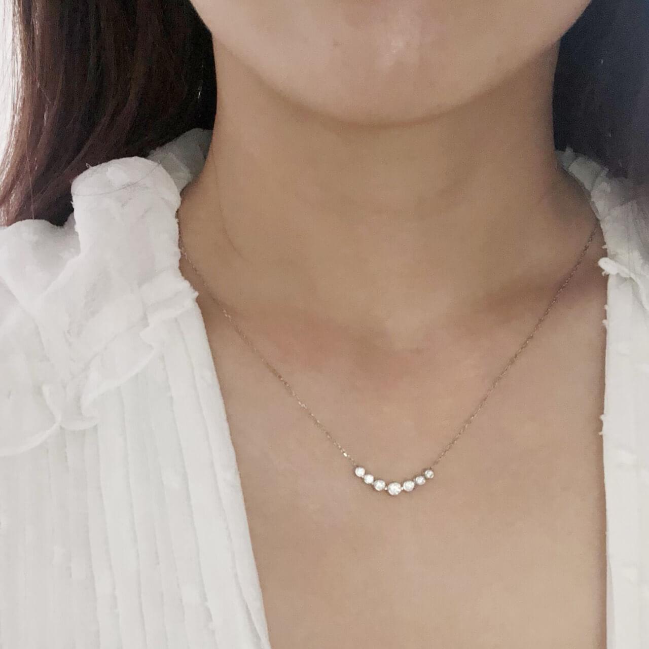 プラチナダイヤモンドネックレス